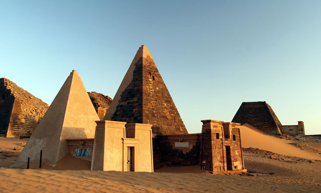 Ancient  Cushite  Kingdom Pyramids in Meroe town